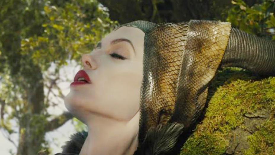 #电影迷的修养#吻醒公主的不是王子?童话里都是骗人的!奇幻片《沉睡魔咒》