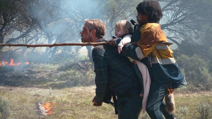 #感人丧尸电影#超级感人的丧尸电影!父亲变丧尸失去理智,竟用这种方式保护孩子