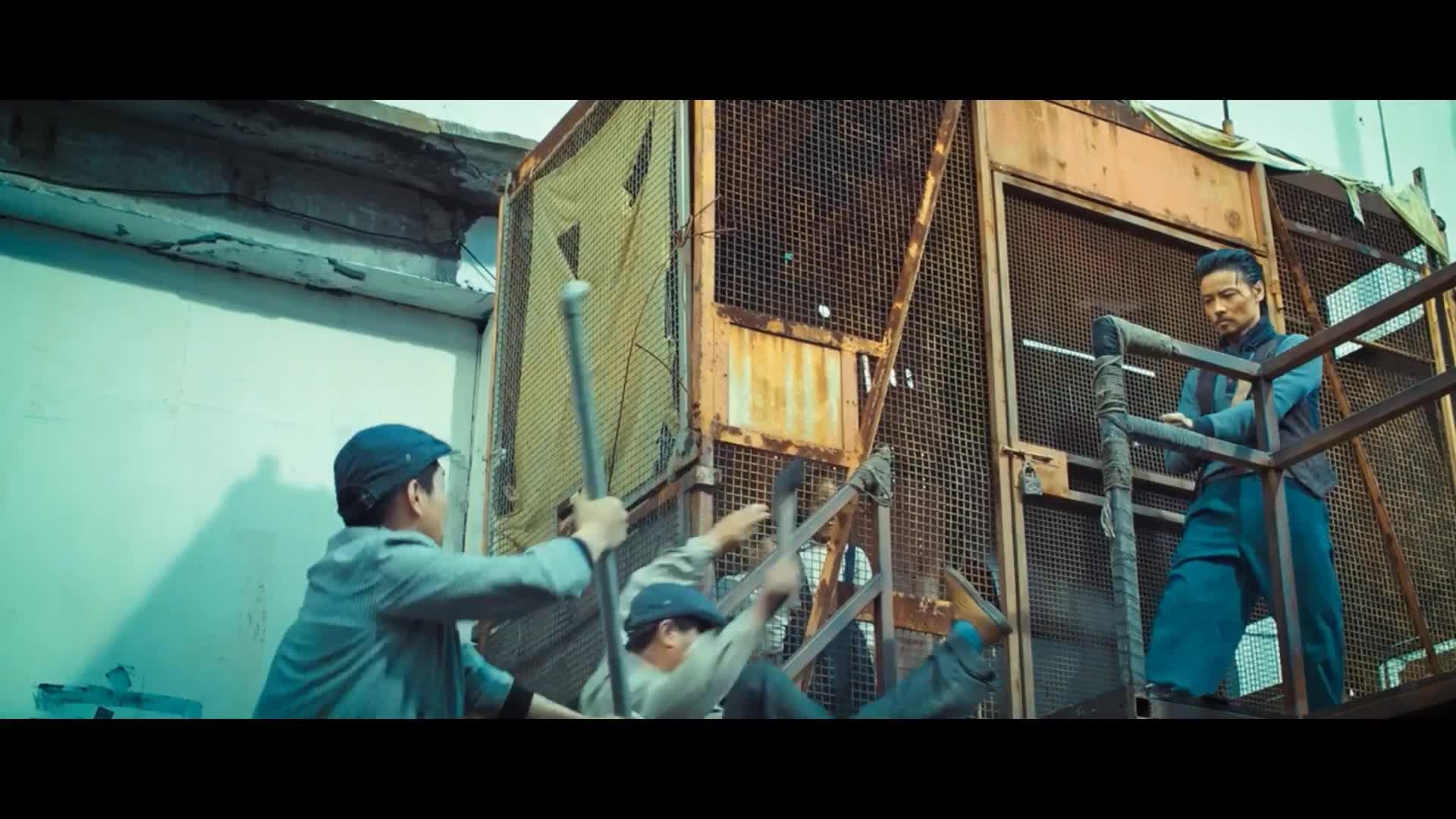 《叶问3》倒放甄子丹保护自己的小孩跟黑帮打架