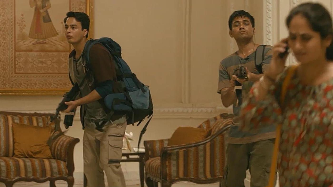 #电影最前线#《孟买酒店》根据2008年孟买恐怖袭击事件改编
