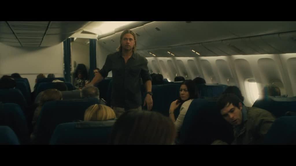 #电影片段#飞机上爆发丧尸危机,这才是最绝望的时刻