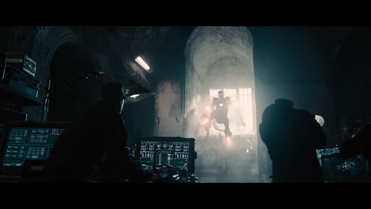 美队和雷神两个配合太默契,直接放出雷电打败敌人,太强了