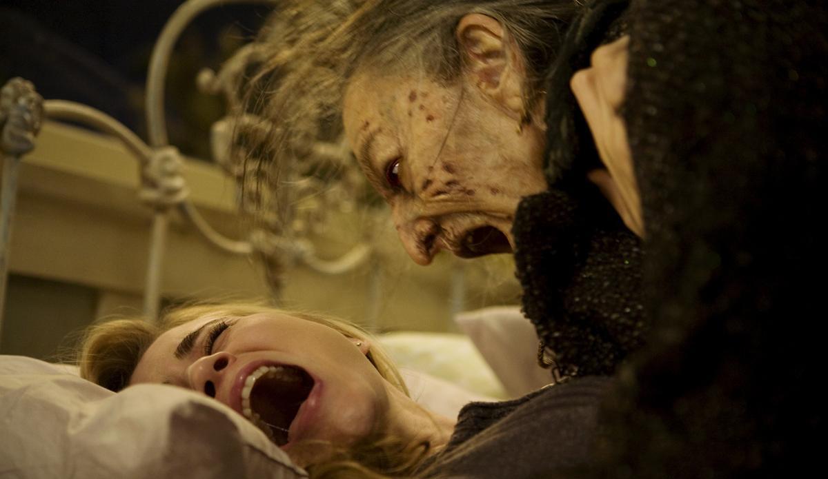 #惊悚看电影#3分钟看完坠入地狱,一部全程都在折磨人的惊悚片