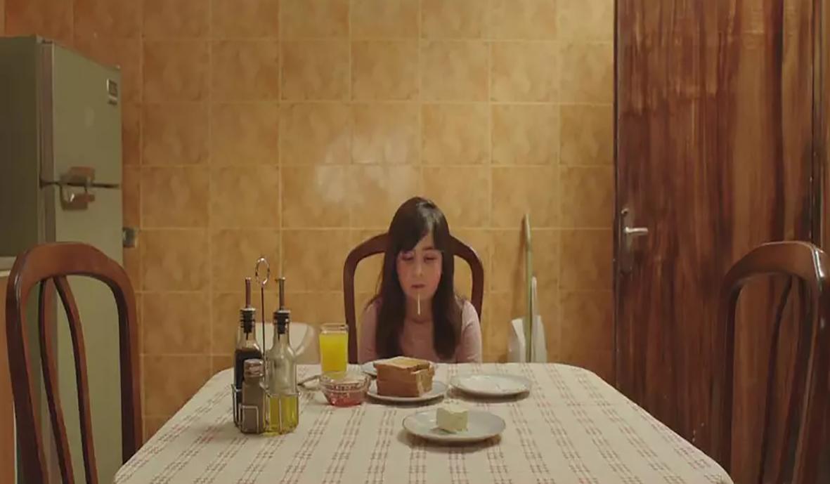 #惊悚看电影#小涛讲电影:几分钟看完英国恐怖电影《阴影之下》