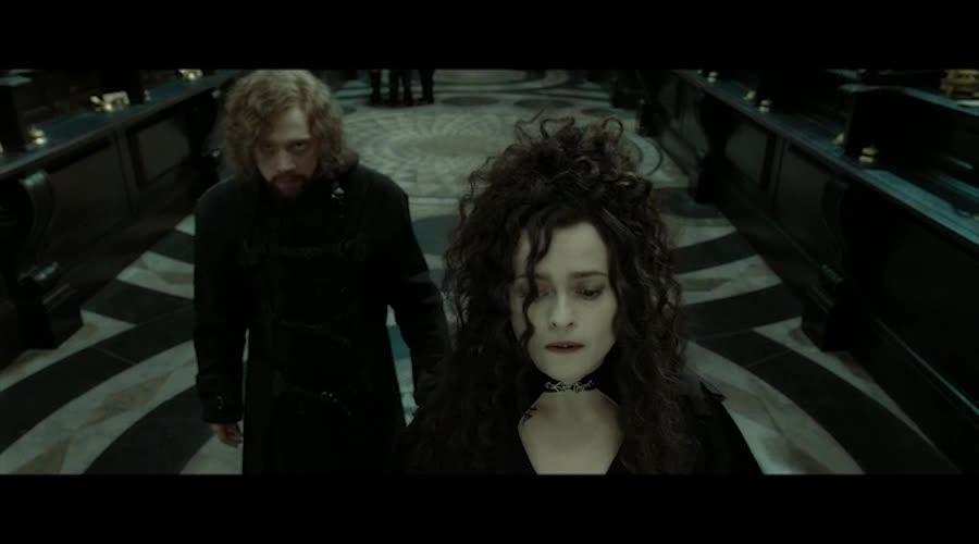 几人打算结伴而行,来盗取圣剑,几人各显其能渡过难关