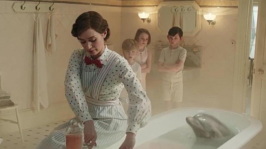 #电影最前线#《欢乐满人间2》艾米莉在三个孩子的面前,边唱边施展魔法