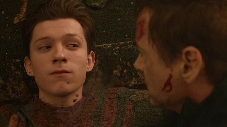 #电影迷的修养#《复仇者联盟》灭霸一个响指毁灭大半宇宙,蜘蛛侠消失在托尼怀中
