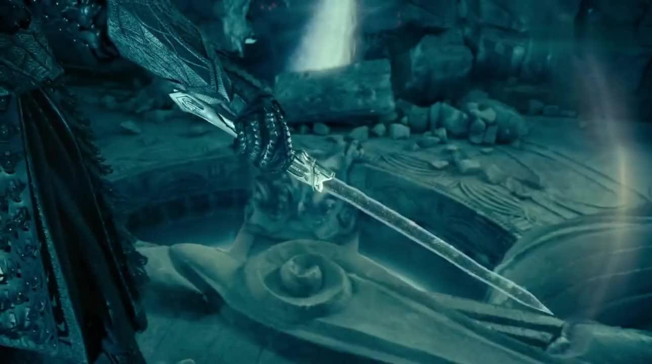 #电影片段#《鲛珠传》雪烈看到泥空空徒手抓鲛珠,老脸都绿了