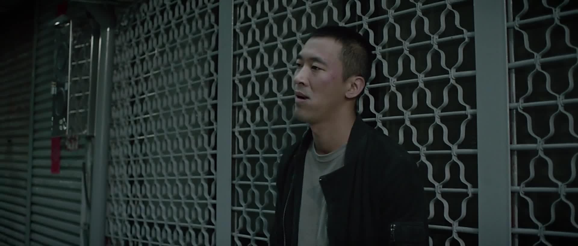一切尘埃落定,杨念的真实身份是邓家明警官