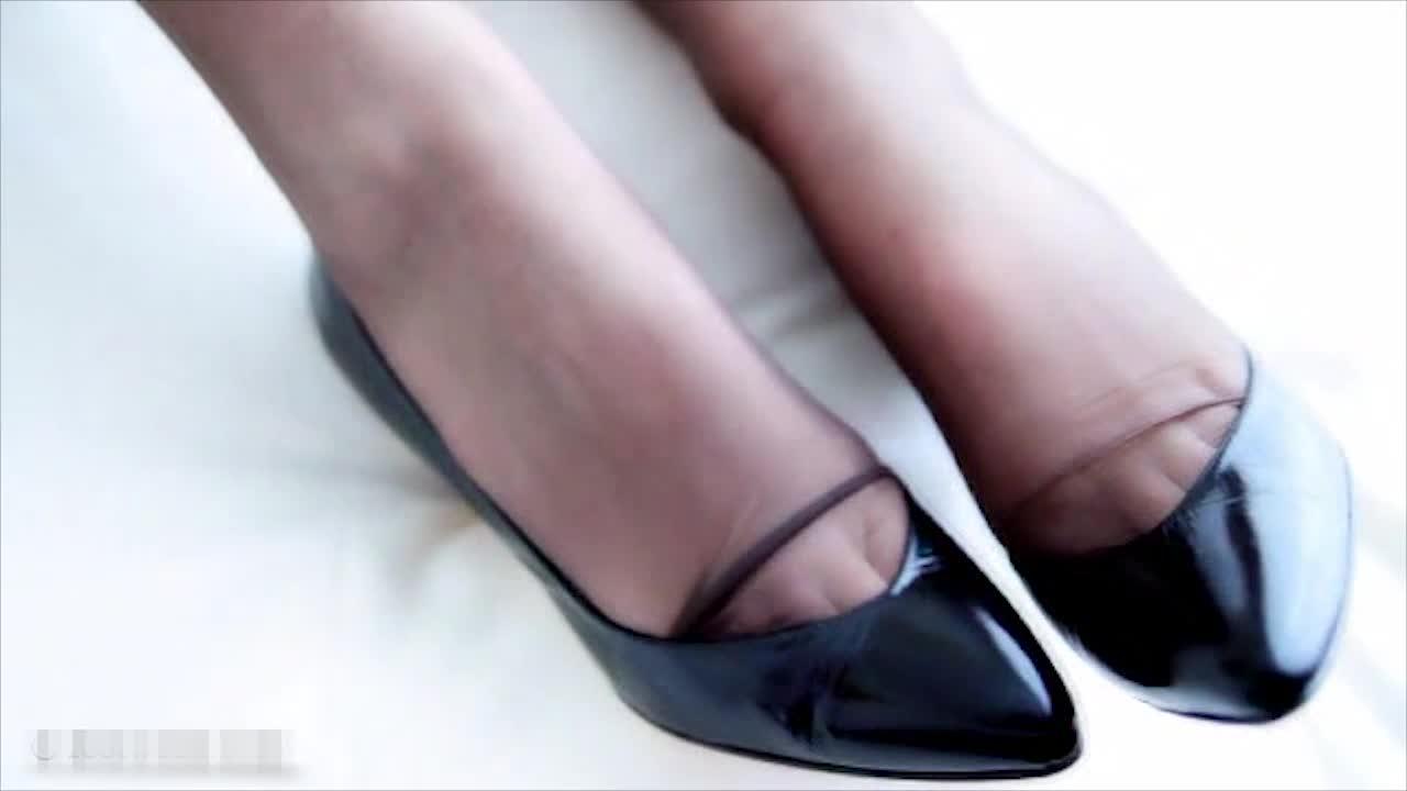 #美脚玉足#女神的美脚穿上这样高跟鞋,真是太美了!
