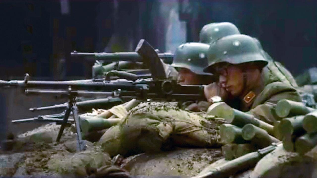 #经典看电影#国产战争巨制, 国军与鬼子残酷火爆巷战, 激战惨烈极其震撼!