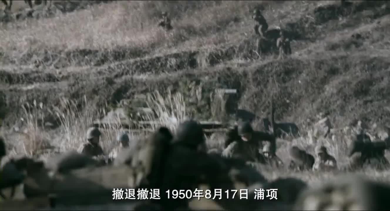 这算是什么军人?用50重机枪狂扫战友,只为减轻负担逃命