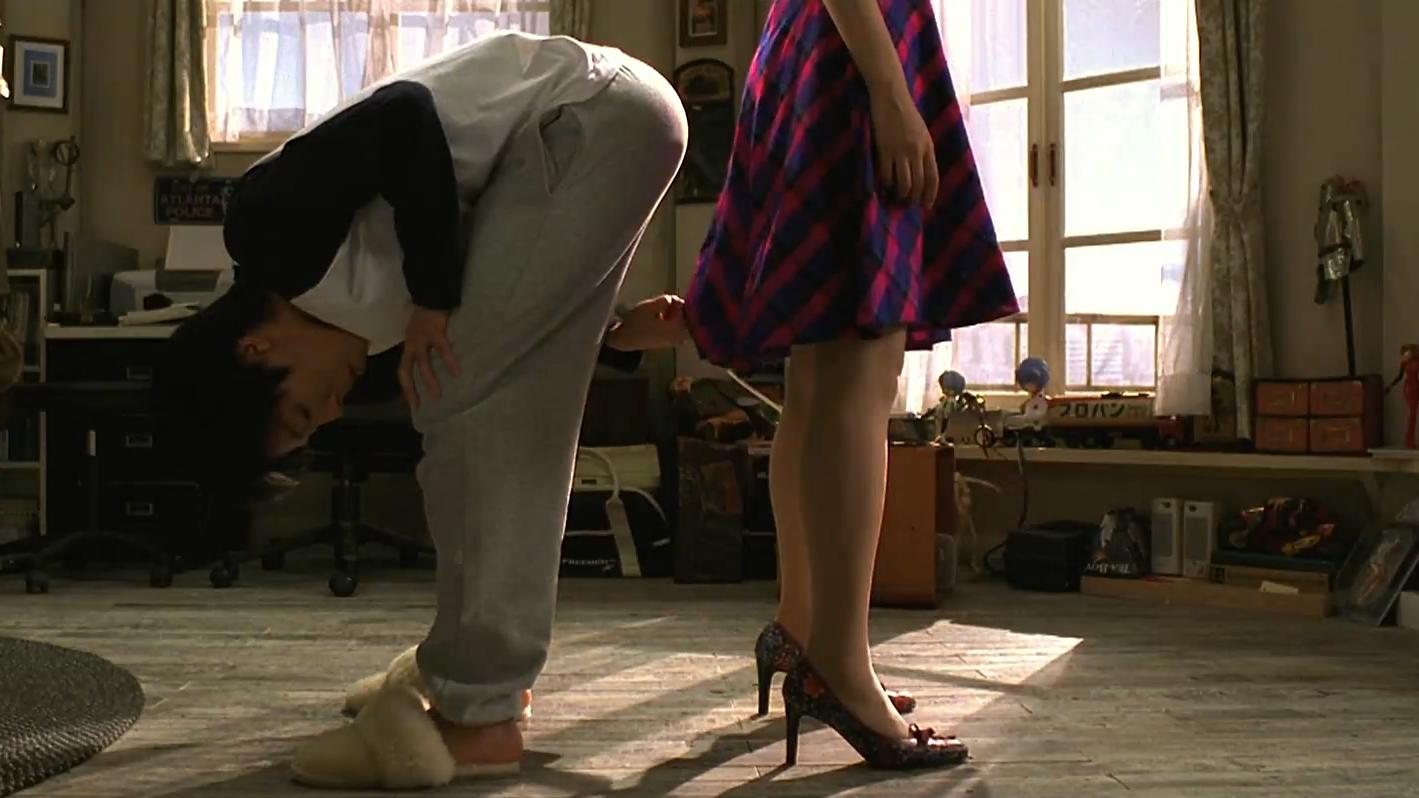 #经典看电影#日本小伙意外获得机器人女友,从此开始了为所欲为的生活