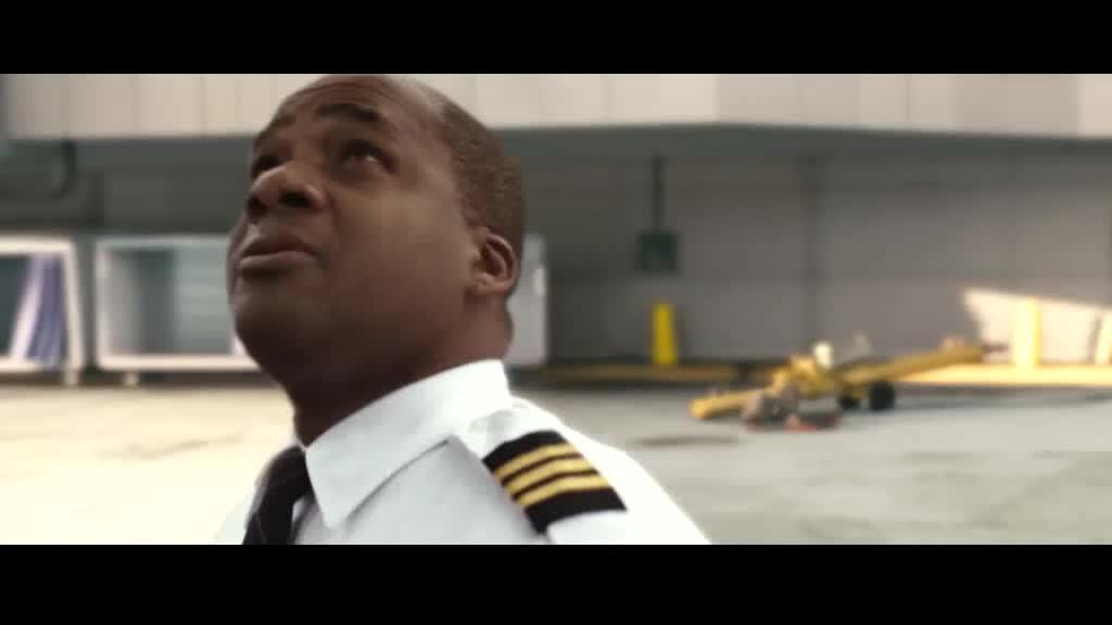 空姐飞机上进驾驶舱居然还有暗号
