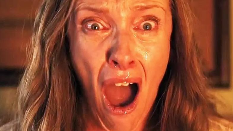 #惊悚看电影#几分钟看完恐怖片《遗传厄运》一家人轮番为恶魔献祭的故事!