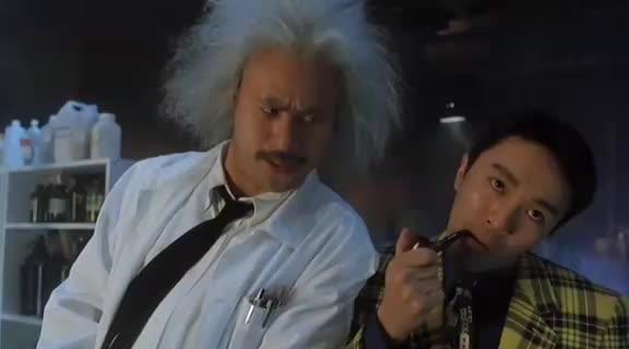 鬼马电影:周星驰被怪异博士赶出来,怪异博士笑了