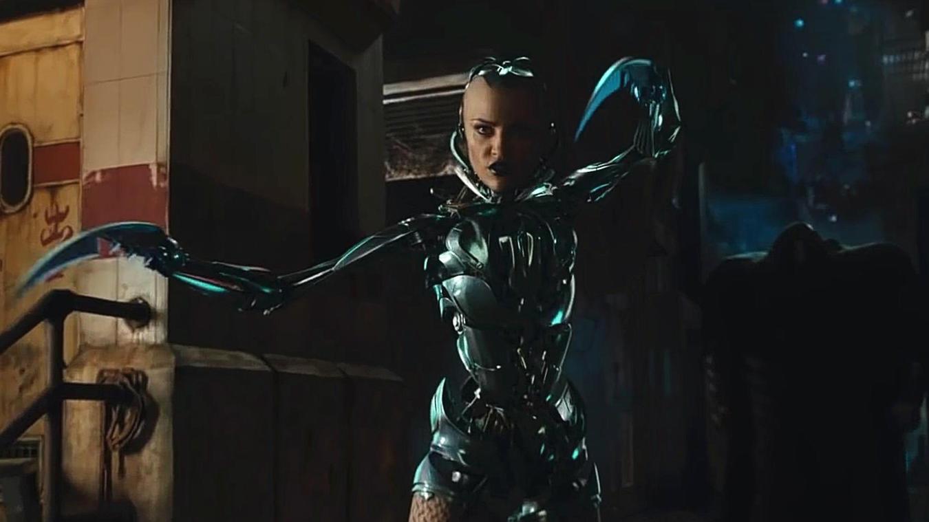 #电影最前线#无论对面是多么强大的敌人,战斗天使阿丽塔都会迎面而上
