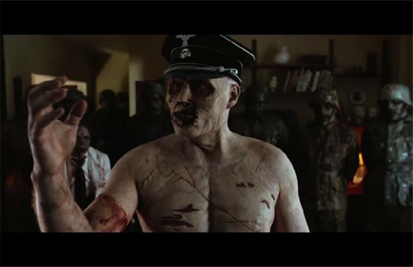 #电影最前线#医生错把丧尸的胳膊给男人接上,这下麻烦大了
