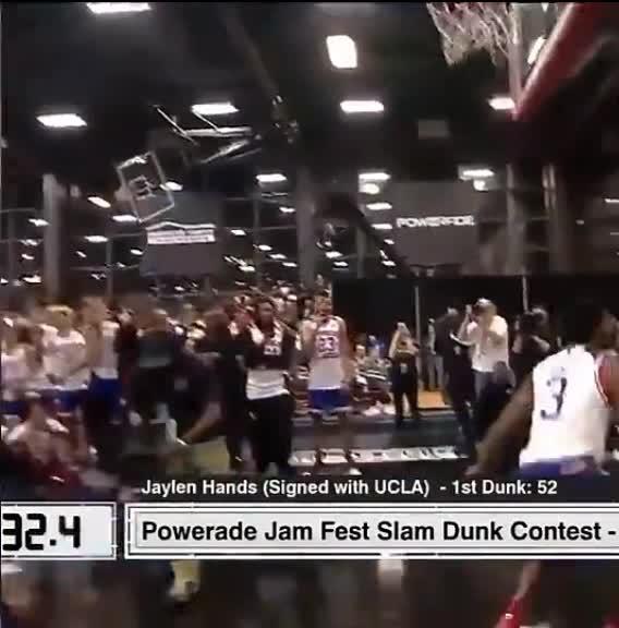 NCAA鲍尔同门汉斯隔人暴扣,身体素质逆天!