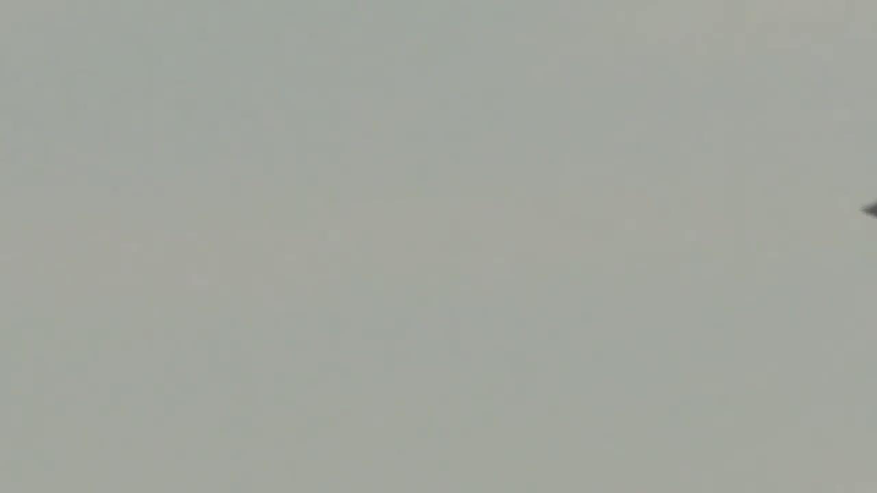 #外星人#异形出现在玛丽莲山之上的飞碟!奇怪的超自然视频!