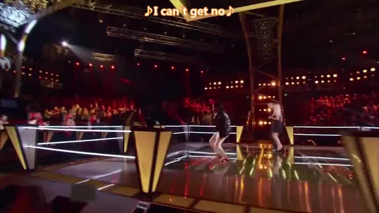 他们一共三个人站上了舞台,他们将会决出擂台战的胜负