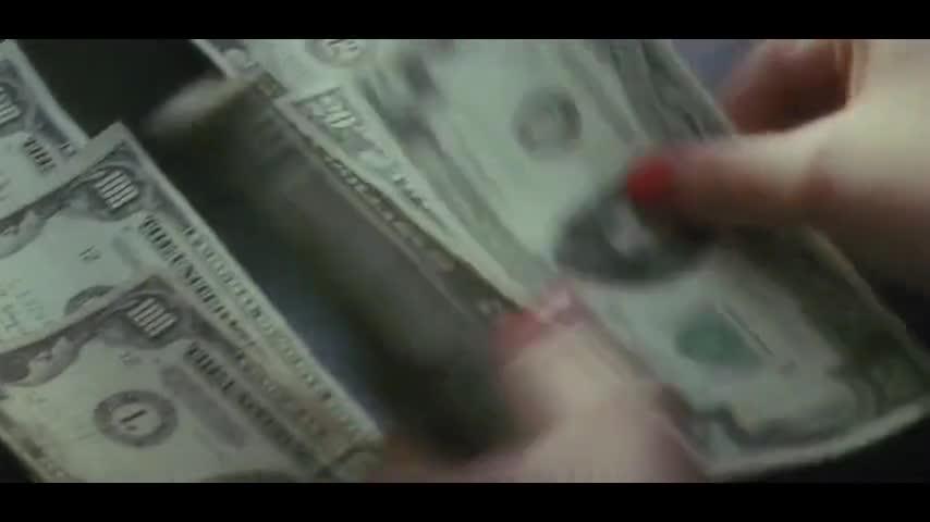 #电影片段#男子晚上制作假支票,白天直接去银行换钱,太厉害了!