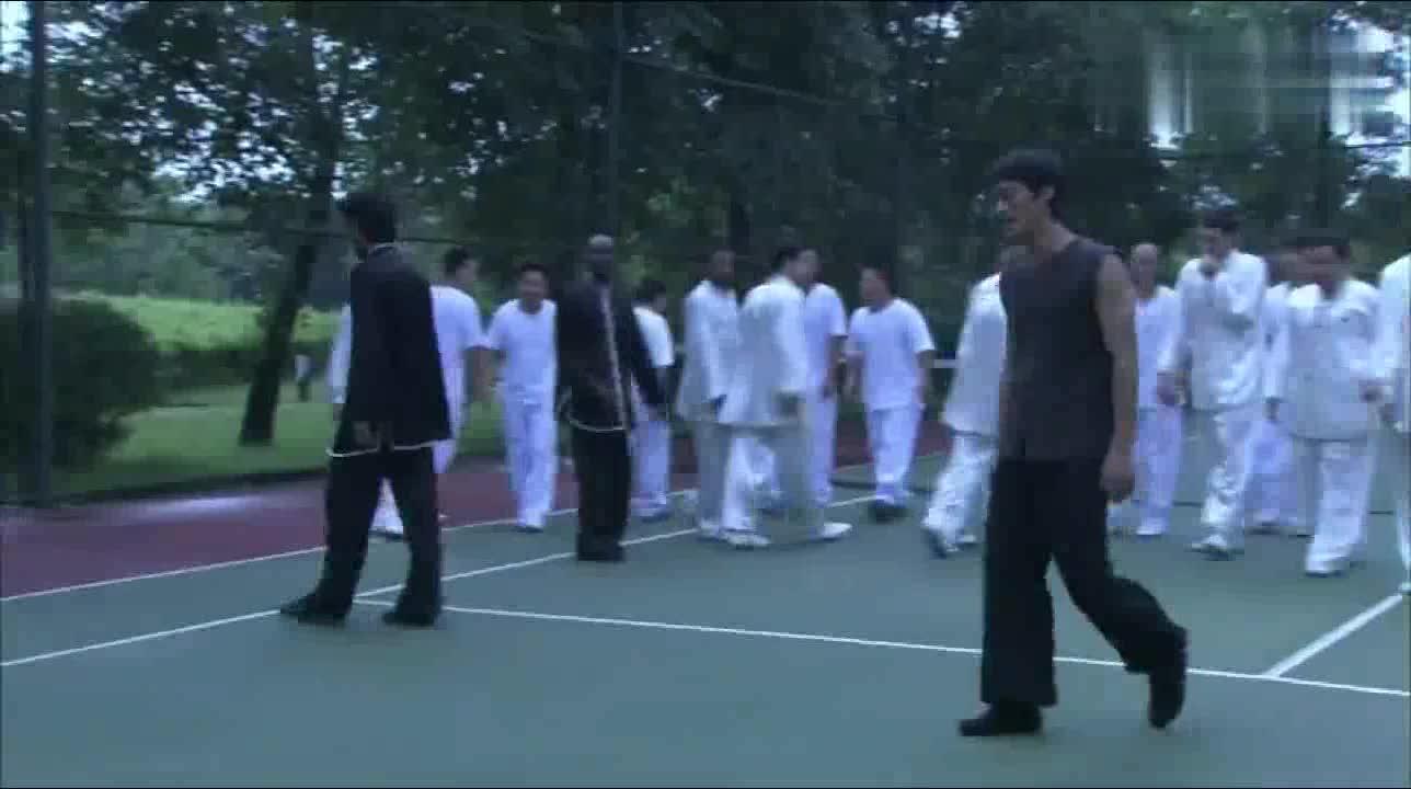 #经典看电影#李小龙朋友圈有多广?拳王哈里森竟然也跟他讨教!是拳王阿里吗?