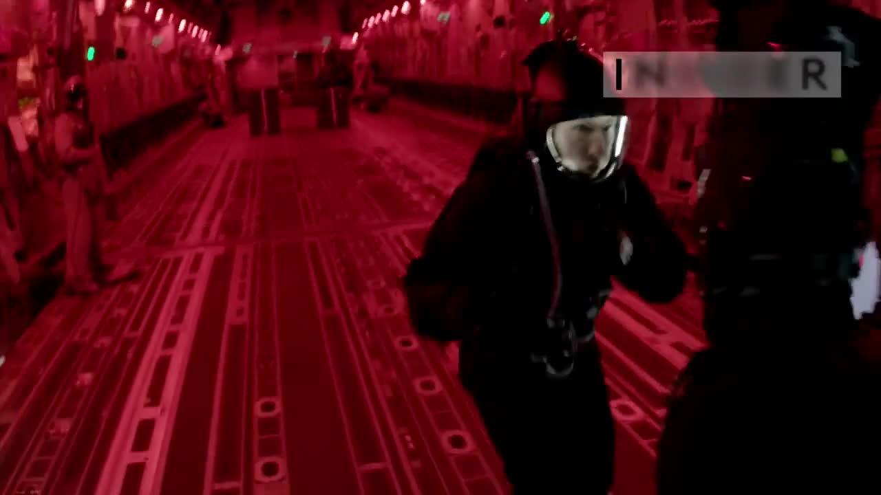 汤姆克鲁斯在谍中谍6里跳下飞机上百次!这到底是怎么拍摄的?