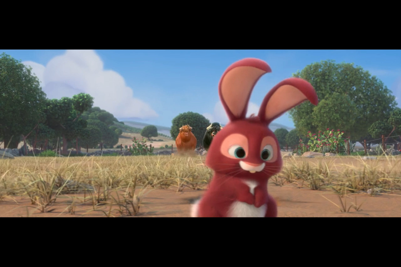 公牛给兔子做心肺复苏,真怕它下手太重