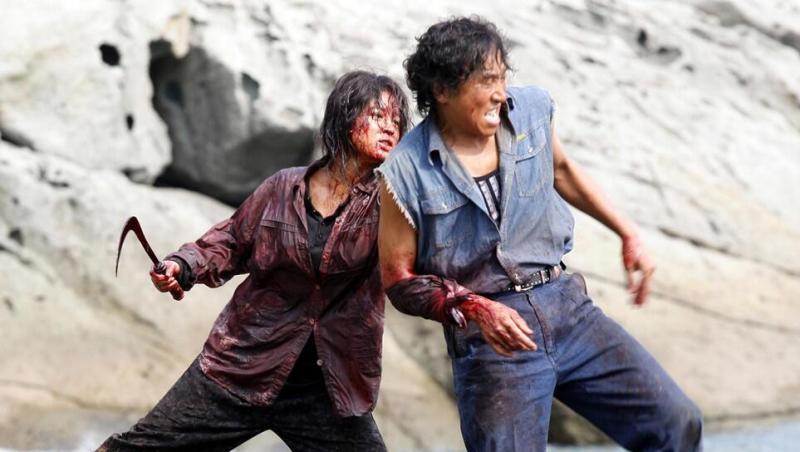 #经典看电影#韩国人女人真可怕,拿起镰刀直接屠村
