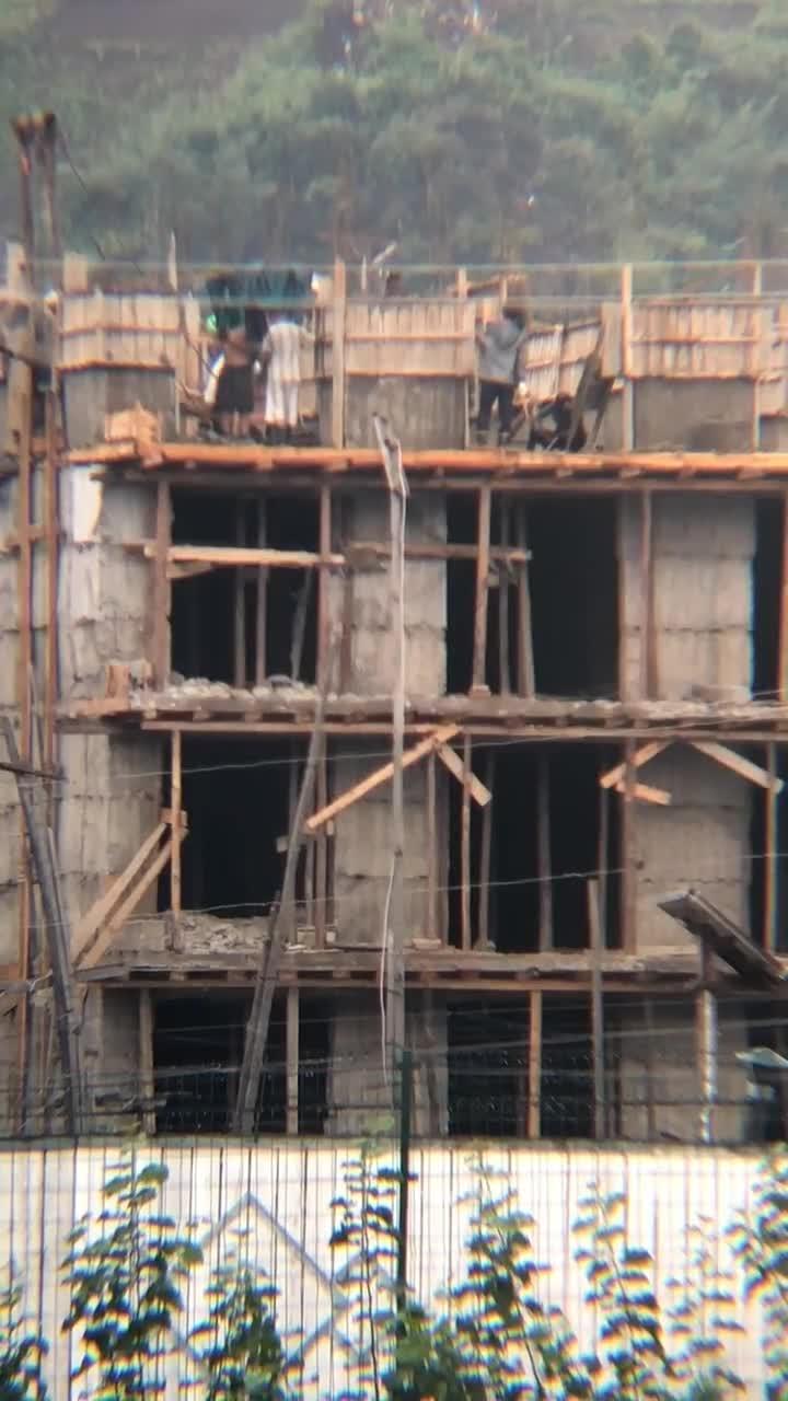 #朝鲜人盖高楼大厦#看看朝鲜人是如何盖高楼大厦的,太牛逼了!