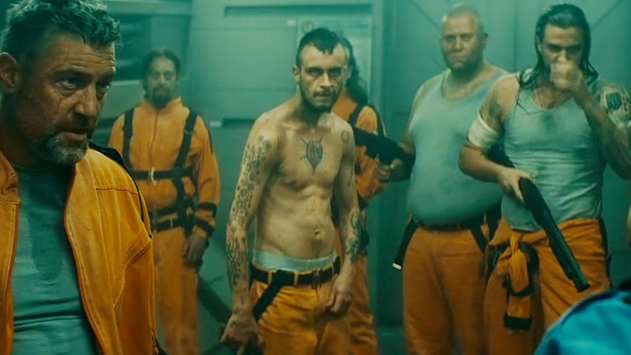 #经典看电影#500名囚犯被冷冻起来,关押到空中监狱,醒来后却变得无法控制