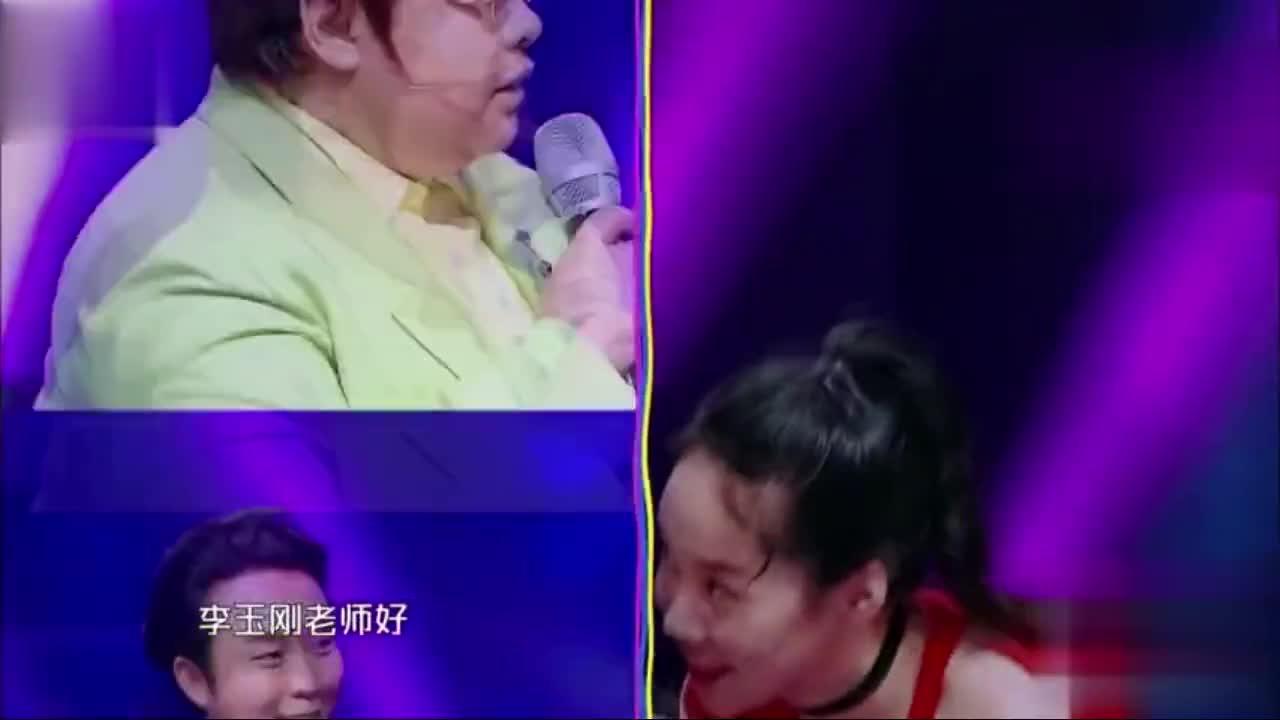 汪涵被叫叔叔很不服气,小姑娘刀马旦帅翻结果被发胶苦出泪
