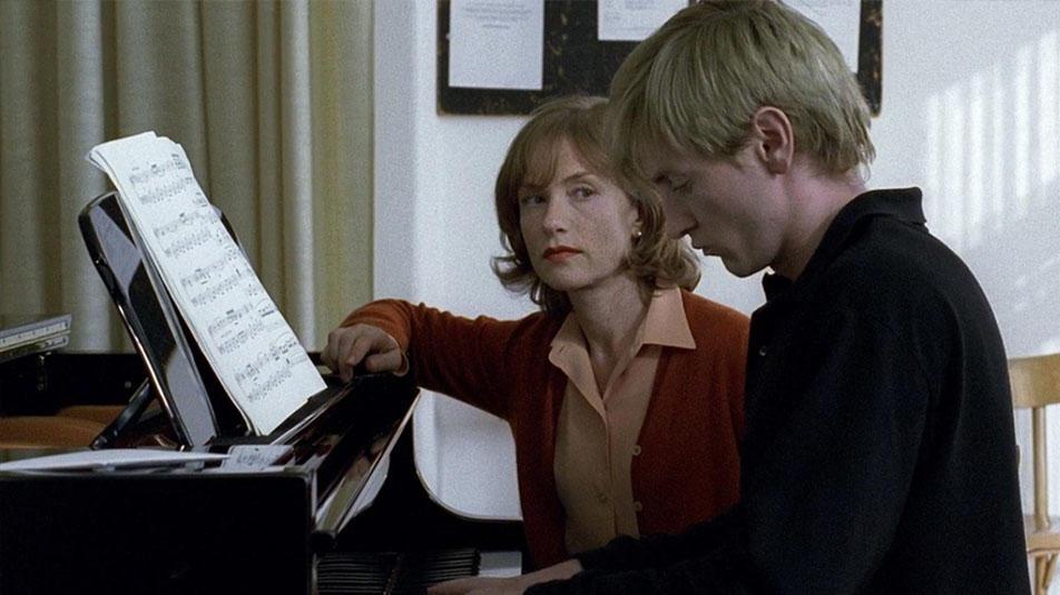 #经典看电影#人性扭曲到变态!被心理学奉为神作《钢琴教师》