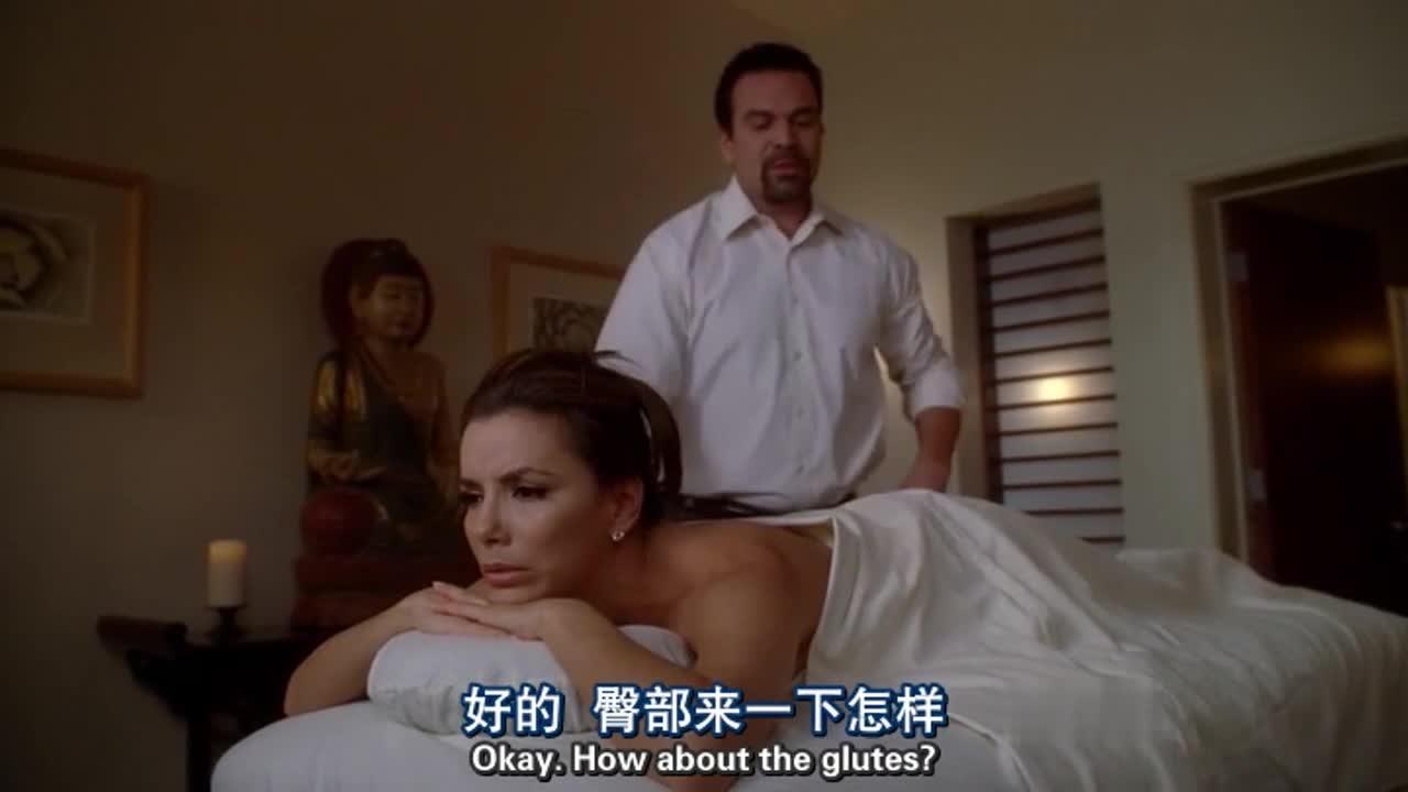 美女偷偷去按摩,竟然被按摩师拍屁股了,这都能忍