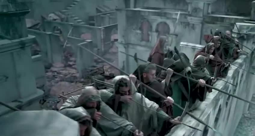 外国也有神剧, 弓箭手对射后, 步兵直接跳上城墙