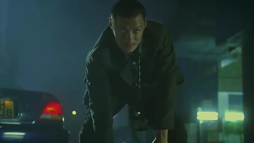 吴京超嚣张的一部电影,这外观看着真霸气,杀手范