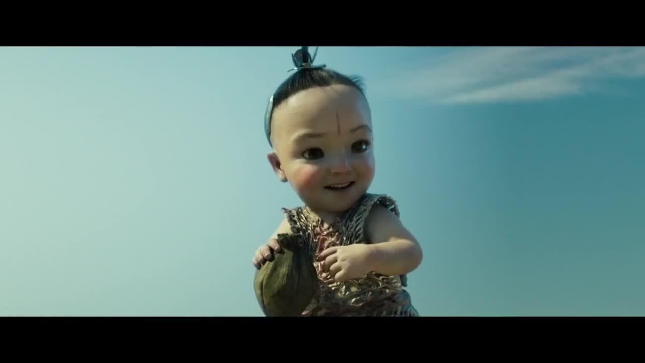 #电影片段#哪吒又偶遇了三太子,三太子变成了小娃娃,被哪吒弹脑瓜