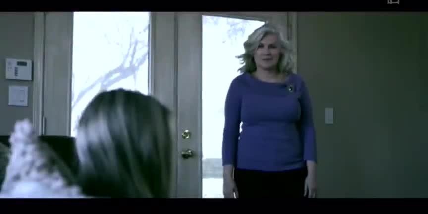 恶毒婆婆把媳妇关进衣橱,媳妇说里面有鬼