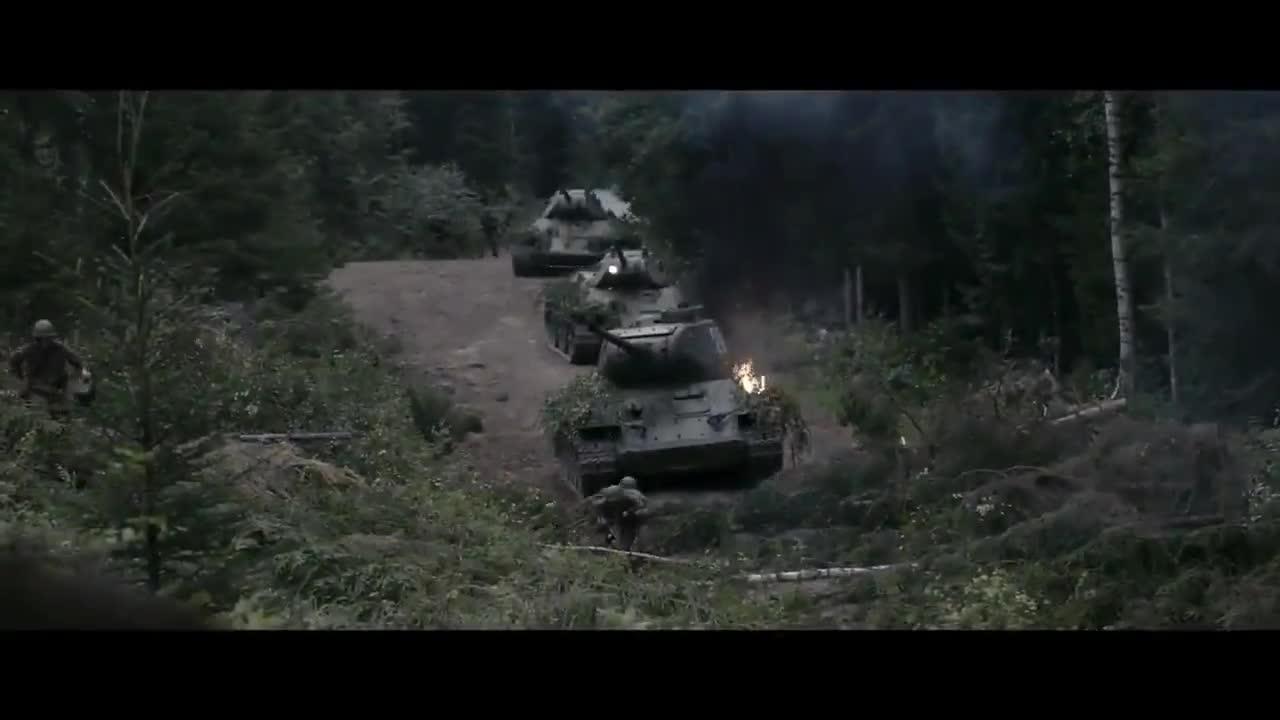 #经典看电影#最新战争片,芬兰军官对逃兵就地正法,苏军T34坦克教他做人