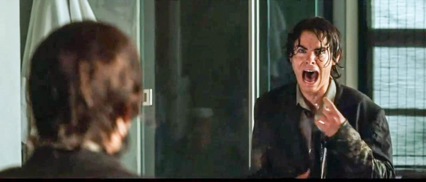 男子早上醒来,照了下镜子,发现自己大变样,吓得大叫!