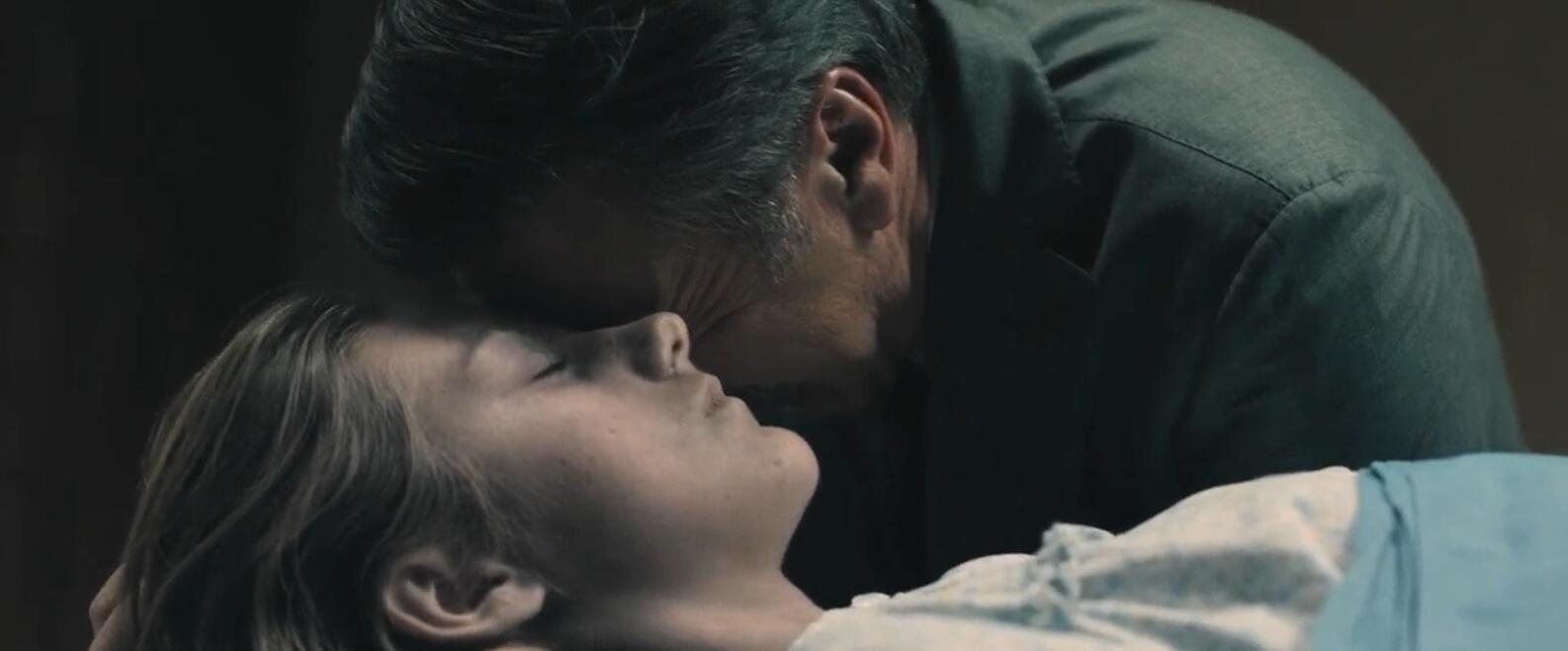 #羞羞看电影#14岁的女儿死在继父家中,疑点重重,生父用30年寻求真相!