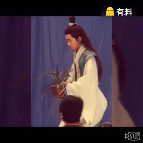"""TFBOYS-易烊千玺晚安"