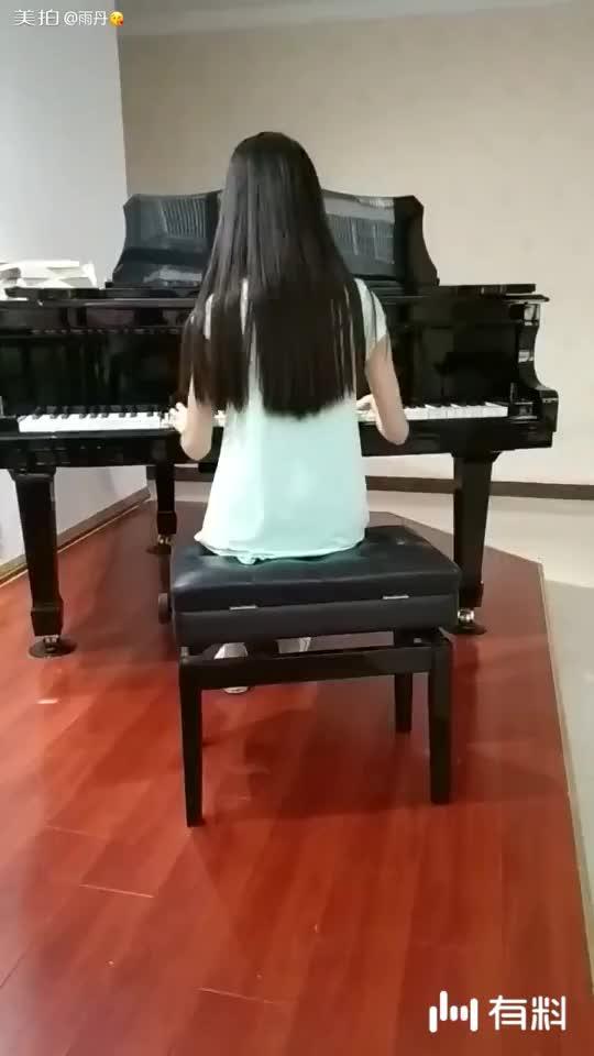 美拍视频: 熙熙加油