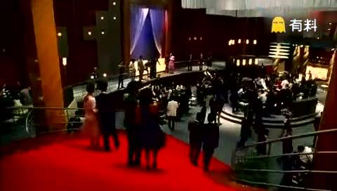 这是香港第一部破5000万的经典电影,还有多少人记得