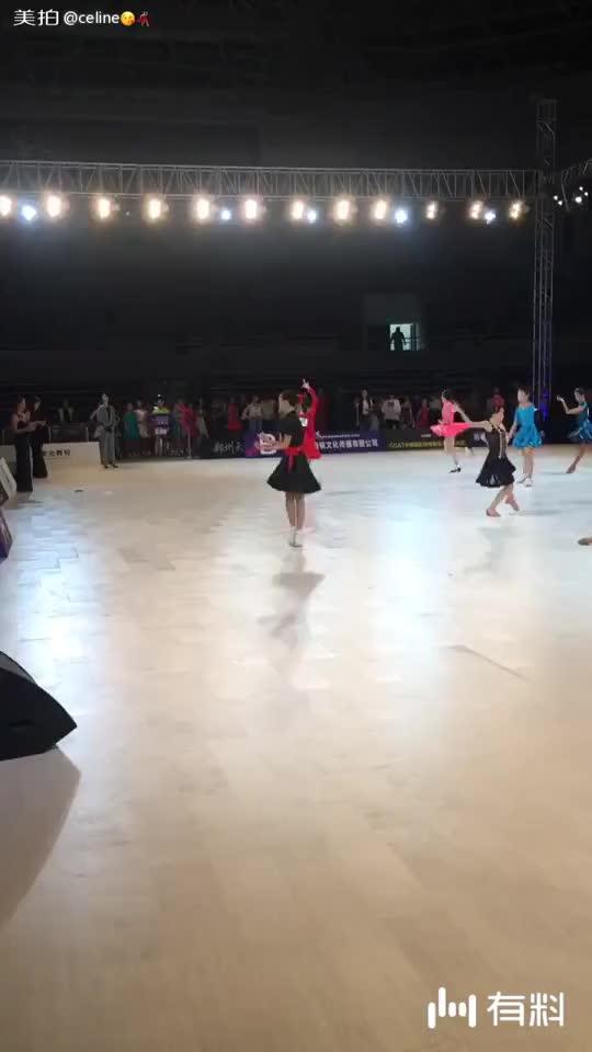 美拍视频: 王雨欣