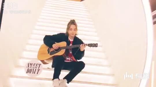【周锐】吉他版《伪装的坚强》