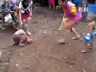 拳击小孩有前途