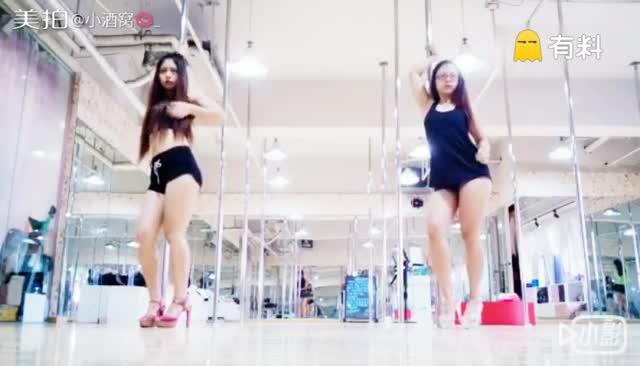 钢管舞#我和姐姐❤#