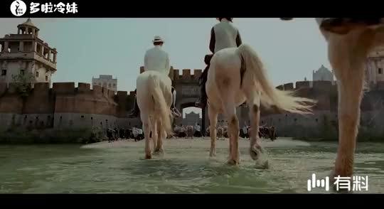 《让子弹飞》幕后,风格在拍戏时崩溃,姜文一家人都在电影中出镜